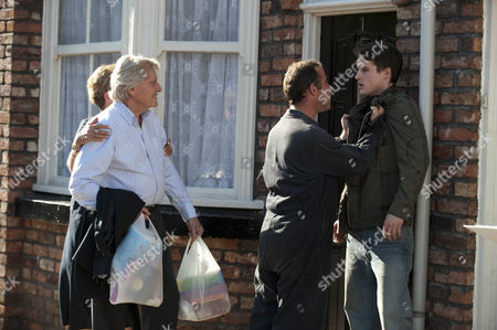 It's Sally's birthday but Kevin Webster [Michael Le Vell] is still raging with Sophie and refuses to forgive her for stealing his and Jack's nest egg. Getting nowhere with the bank or with James [James Roache], which nearly ends in a fight only broken up by Ken Barlow [William Roache] and Deirdre Barlow [Anne Kirkbride].
