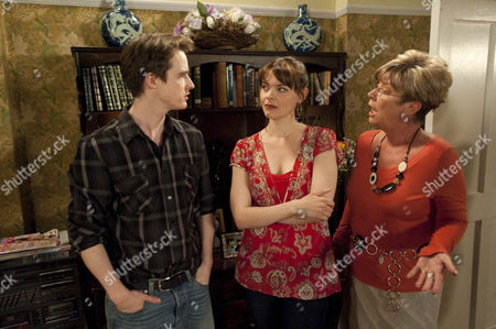 Tracy Barlow (Kate Ford) and James (James Roache) argue to Deirdre Barlow (Anne Kirkbride) trying to calm them down.