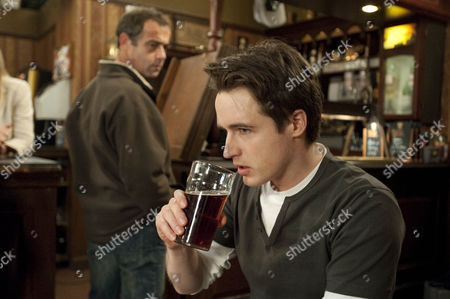 James (James Roache) is on pins as he waits for news of his loan in the post. Meanwhile Kevin Webster (Michael Le Vell) reveals the police have found Rob and Janet, will James