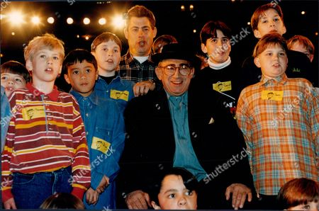 Lionel Bart With Young Hopefuls Who Are Looking To Land The Part Of Oliver At The London Palladium