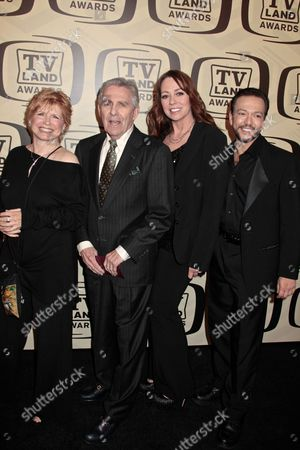 Bonnie Franklin, Pat Harrington Jr., Mackenzie Phillips, Glenn S