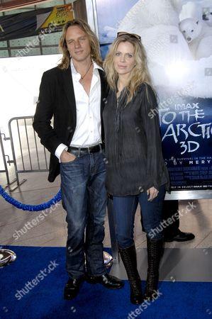 Abri van Straten and Kristin Bauer