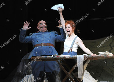 Patrizia Ciofi as Marie and Alan Opie as Sulpice