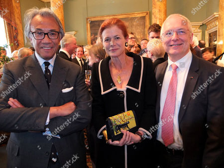 Sir Davd Tang and Elena Ochoa Foster