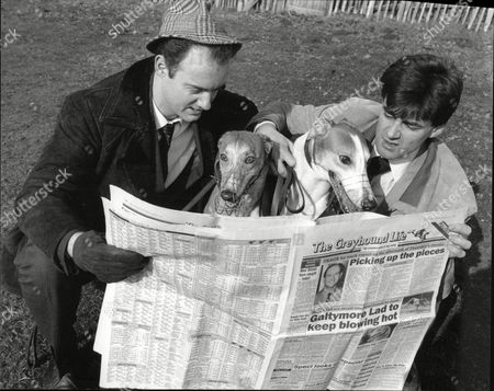 Chris Larner And Darren Tunstall Actors With Greyhound Dogs And Newspaper To Publicise Play The Gambler 1990.