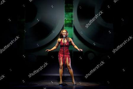 Emi Wokama (Tina Turner)