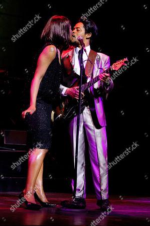 Stock Photo of Emi Wokama (Tina Turner) and Chris Tummings (Ike Turner)