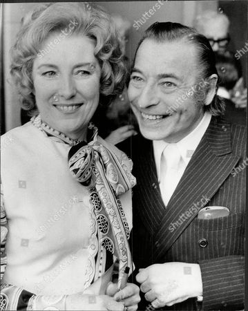 Dame Vera Lynn And Joe Loss At A Variety Club Lunch In Her Honour.