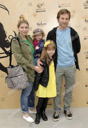 Breckin Meyer, Wife Deborah Kaplan, Daughters