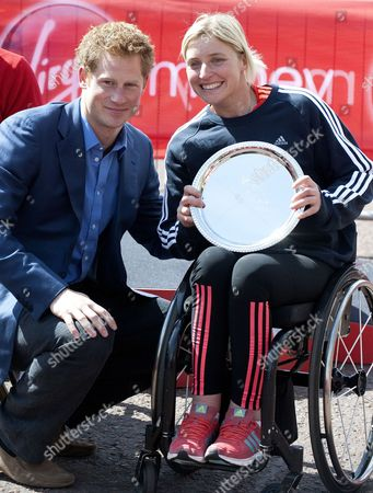 Prince Harry with Womens wheelchair winner Shelly Woods