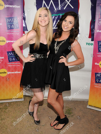 Stock Image of Elizabeth Morgan Mace and Megan McKinley Mace aka Megan & Liz