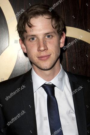 Jordan Dawes (Oliver Bell)