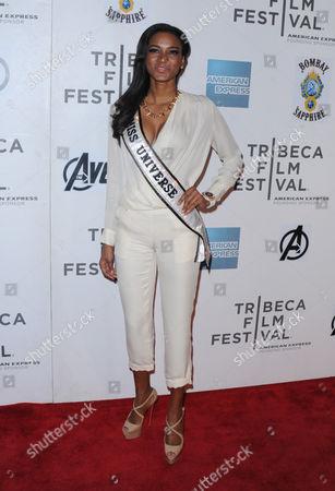 Stock Photo of Leila Lopez