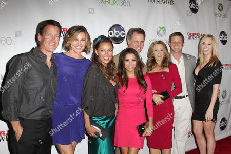 Felicity Huffman, Brenda Strong, Vanessa Williams, Eva Longoria, James Denton,Doug Savant, Andrea Bowen and Mark Moses