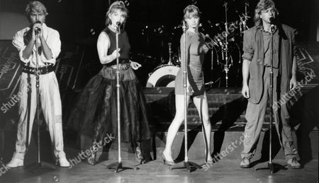 Buck Fizz Left To Right Mike Nolan Cheryl Baker Shelly Preston And Bobby Gee