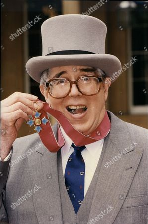 Leslie Crowther (dead 9/96) After Receiving His Cbe At Buckingham Palace.