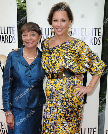 Helen Williams, Vanessa Williams
