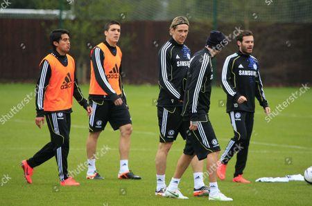Paulo Ferreira, Oriol Romeu, Fernando Torres, Juan Mata, Raul Meireles