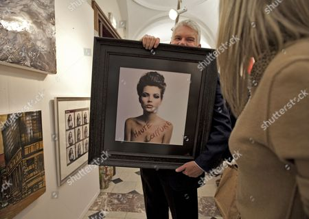 Kate Moss by Tony Briggs in the red gallery section