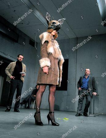 Ferdy Roberts as Charlie Lee, Mirtel Pohla as Hele and Nicholas Tennant as Ignatius Stone