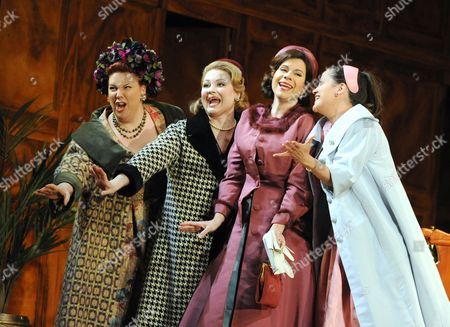 Marie-Nicole Lemieux as Mistress Quickly, Kai Ruutel as Meg Page, Ana Maria Martinez as Alice Ford, Amanda Forsythe as Nannetta