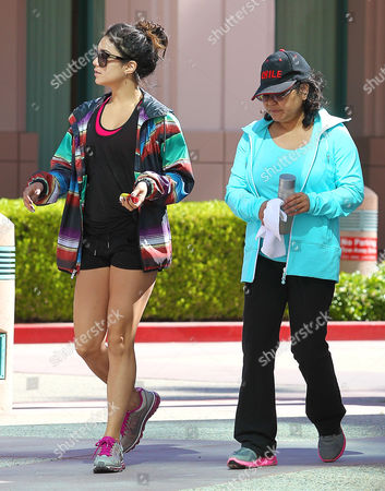 Vanessa Hudgens and mother Gina Guangco