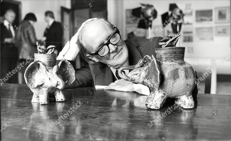 Sir Hugh Casson Artist And President Of The Royal Academy With Pottery Elephants Lent To The Exhibition By The Queen Mother Sir Hugh Maxwell Casson Ch Kcvo Ra Rdi (23 May 1910 A 15 August 1999) Was A British Architect Interior Designer Artist And Influential Writer And Broadcaster On 20th Century Design. He Is Particularly Noted For His Role As Director Of Architecture At The 1951 Festival Of Britain On London's South Bank.