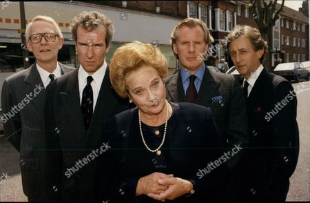 Theatrical Plays 'half The Price' Starring William Hoyland (john Major) Thomas Wheatley (william Waldegrave) Sylvia Sims (baroness Thatcher) David Robb ( Michael Hestletine) And Jeremy Clyde (alan Clark). The Play Is At The Tricycle Theatre In Kilburn