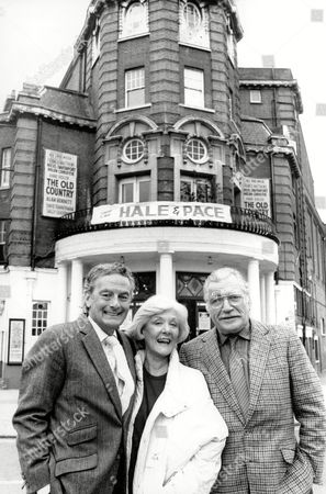Exterior Of Wimbledon Theatre Showing L-r Actor Francis Matthews Actress Helen Christie And Actor Nigel Davenport Outside Theatre