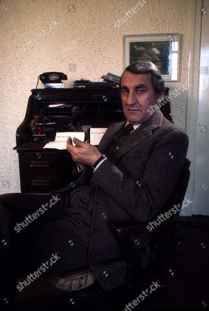 Stock Photo of Douglas Wilmer as Mr Broome