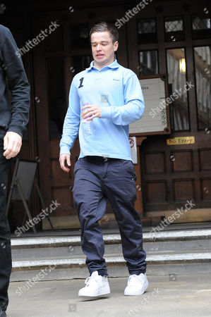 Sam Hallam running from the court