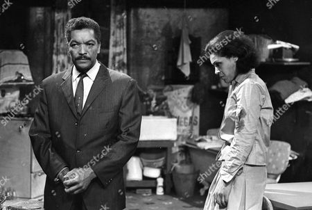 Earl Cameron as Matthew Ramsay and Dolores Mantez as Carey Ford
