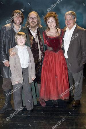 'Oliver!' Musical at the Theatre Royal, Drury Lane, London - Steven Hartley (Bill Sykes), Gwion Wyn Jones (Oliver), Griff Rhys Jones (Fagin), Kerry Ellis (Nancy) and Cameron Mackintosh (Producer) backstage