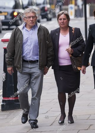 David And Theresa Yeates Parents Of Murderred Student Jo Yeates Arriving At The Old Bailey In London Where Vincent Tabak Pleaded Guilty For Manslaughter. 05.05.11