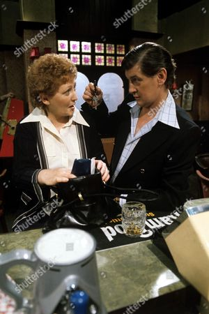 Carmel McSharry as Beryl Humphries and George Selway as Tom Humphries