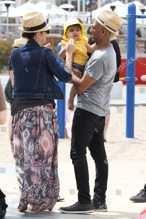 Erin Lokitz, Tony Kanal and daughter Coco Reese Lakshmi