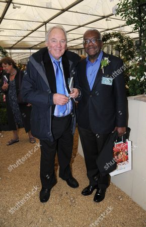 Peter Sissons and Sir Trevor McDonald
