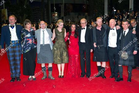 Charlie Maclean, guest, Gary Maitland, Siobhan Reilly, Jasmin Riggins, Ken Loach, William Ruan, Paul Laverty and Paul Brannigan
