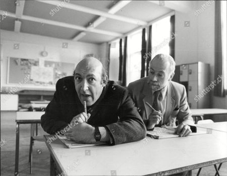Actor Bernard Bresslaw And Journalist Jack Pleasant Go Back To Their Old School 'coopers Company's School In Bow.