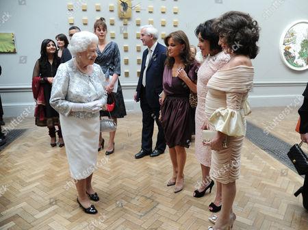 Queen Elizabeth II with Kate O'Mara, Shirley Bassey and Joan Collins