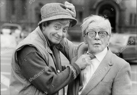 Actor Bill Owen (right) With Actor Derek Fowlds William John Owen Rowbotham Mbe (14 March 1914 A 12 July 1999) Better Known As Bill Owen Was An English Actor And Songwriter. Born In London He Made His First Film Appearance In 1944 But Did Not Achieve Lasting Fame Until The 1970s When He Took The Starring Role Of Compo Simmonite In The Long-running British Sitcom Last Of The Summer Wine. Owen's Character Is A Scruffy Working Class Pensioner