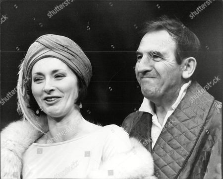 Actor Leonard Rossiter With Actress (unknown) Leonard Rossiter (21 October 1926 A 5 October 1984) Was An English Actor Best Known For His Roles As Rupert Rigsby In The British Comedy Television Series Rising Damp (1974a78) And Reginald Iolanthe Perrin In The Fall And Rise Of Reginald Perrin (1976a79). These Roles Followed A Long And Distinguished Career In The Theatre.