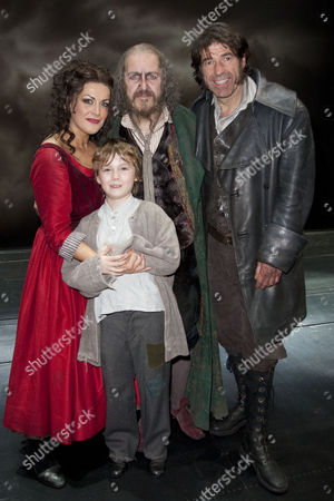 Oliver! The Musical - Jodie Prenger (Nancy), Edward Cooke (Oliver), Griff Rhys Jones (Fagin) and Steven Hartley (Bill Sykes) backstage after the curtain call