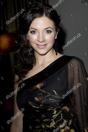 Caroline Keiff (Vivienne Kensington)