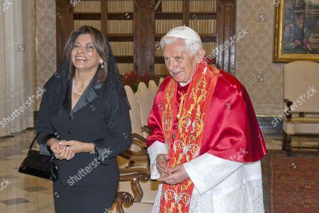 Laura Chinchilla, President of Costa Rica Republic and Pope Benedict XVI