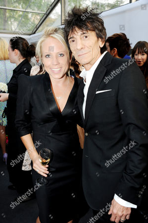 Clemmie Moodie and Ronnie Wood