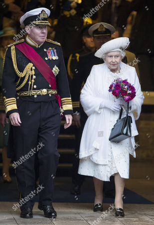 First Sea Lord Admiral Sir Mark Stanhope and Queen Elizabeth II