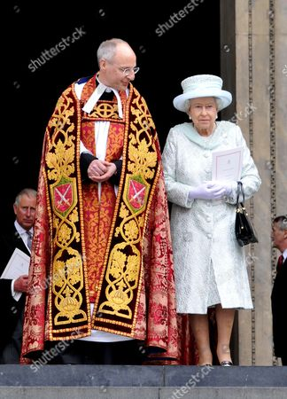 Queen Elizabeth II with The Very Reverend David Ison