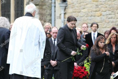 Robin-John Gibb at the graveside