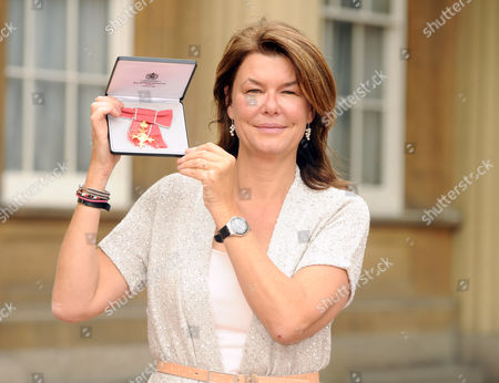 Alex Crawford receives an OBE for services to Broadcast Journalism